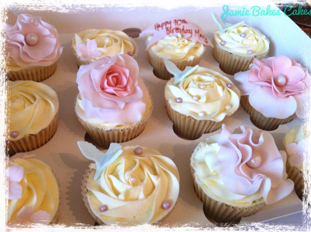 Jamie Bakes Cakes
